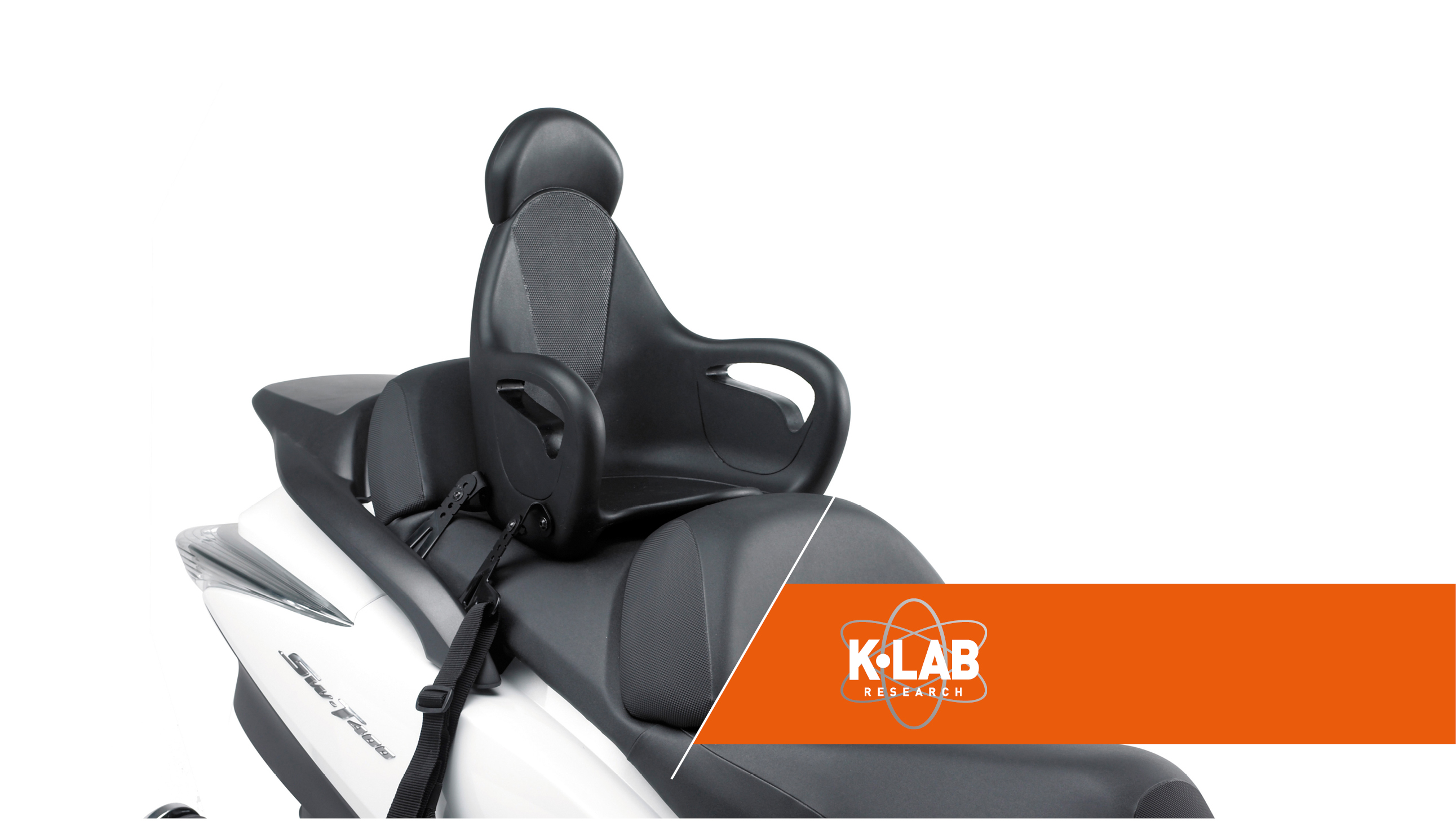 Adaptable to the majority of scooter models you see today, the KS650 ensures children from 5 to 8 years have the right seating position. Made in foam polyurethane (Black colour) with metal base and it is fixed using appropriate universal arms on the sides of the motorcycle.